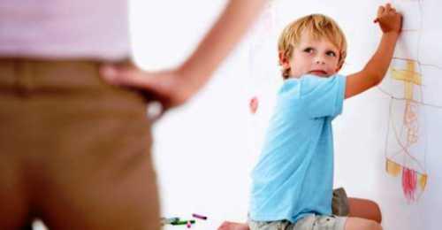 развитие в 8 месяцев ребёнка: основные навыки, показатели
